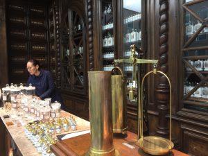 フランスの老舗薬局BULY